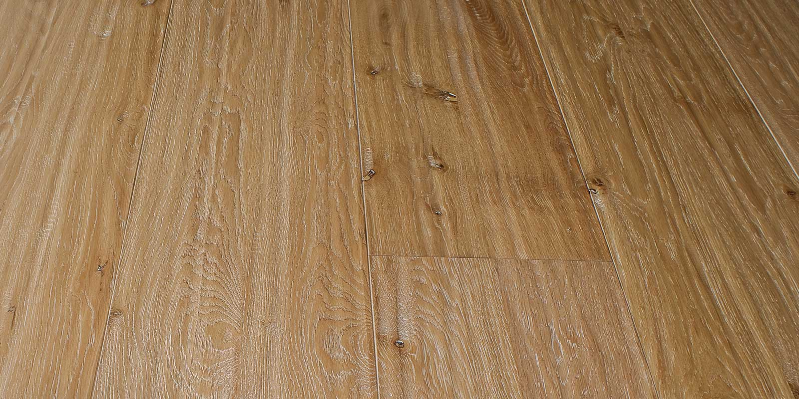 "OAK PLANED colour crema ""RUSTICO"""